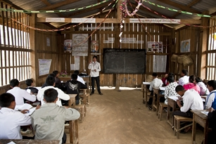 Improving teacher skills assists students to learn better at Na Thong school in Laos.