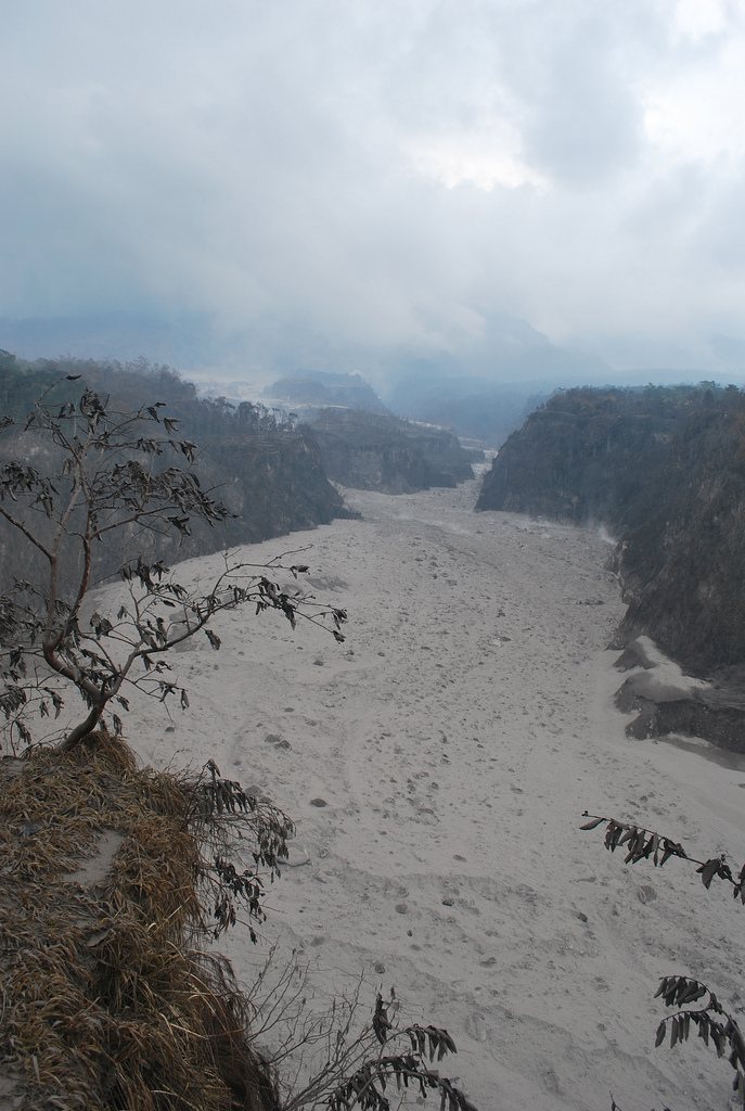In 2010 the volcano Mount Merapi in Indonesia erupted, turning the River Kali Gendol into mud with lava and ash. Photo by Jeong Park for AusAID
