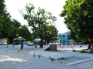 Fakaofo village square, Tokelau Photo by CloudSurfer/Wikimedia http://creativecommons.org/licenses/by-sa/3.0/