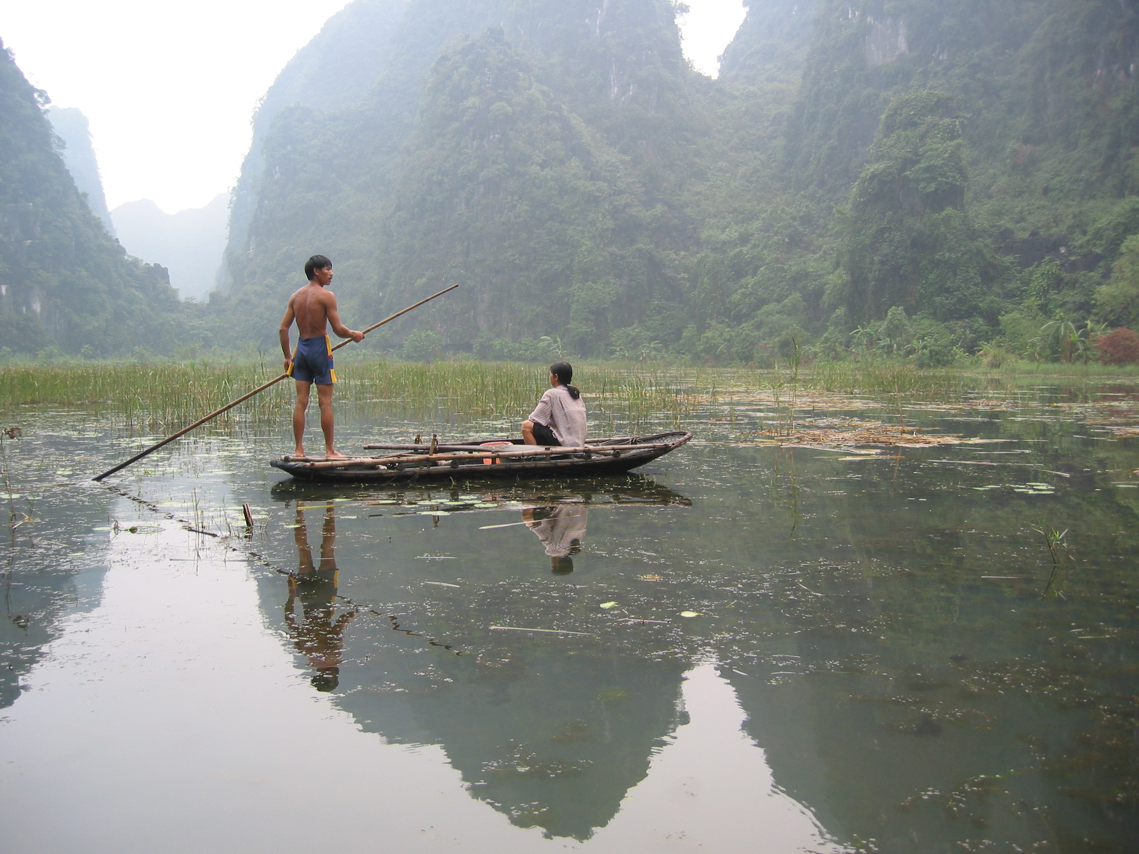 People fishing in Ha Long Bay, north-east Vietnam. Photo by Bruce Bailey for AusAID
