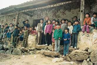 Old school buildings in China are made of mud brick. Photo by Anne Rigby for AusAID