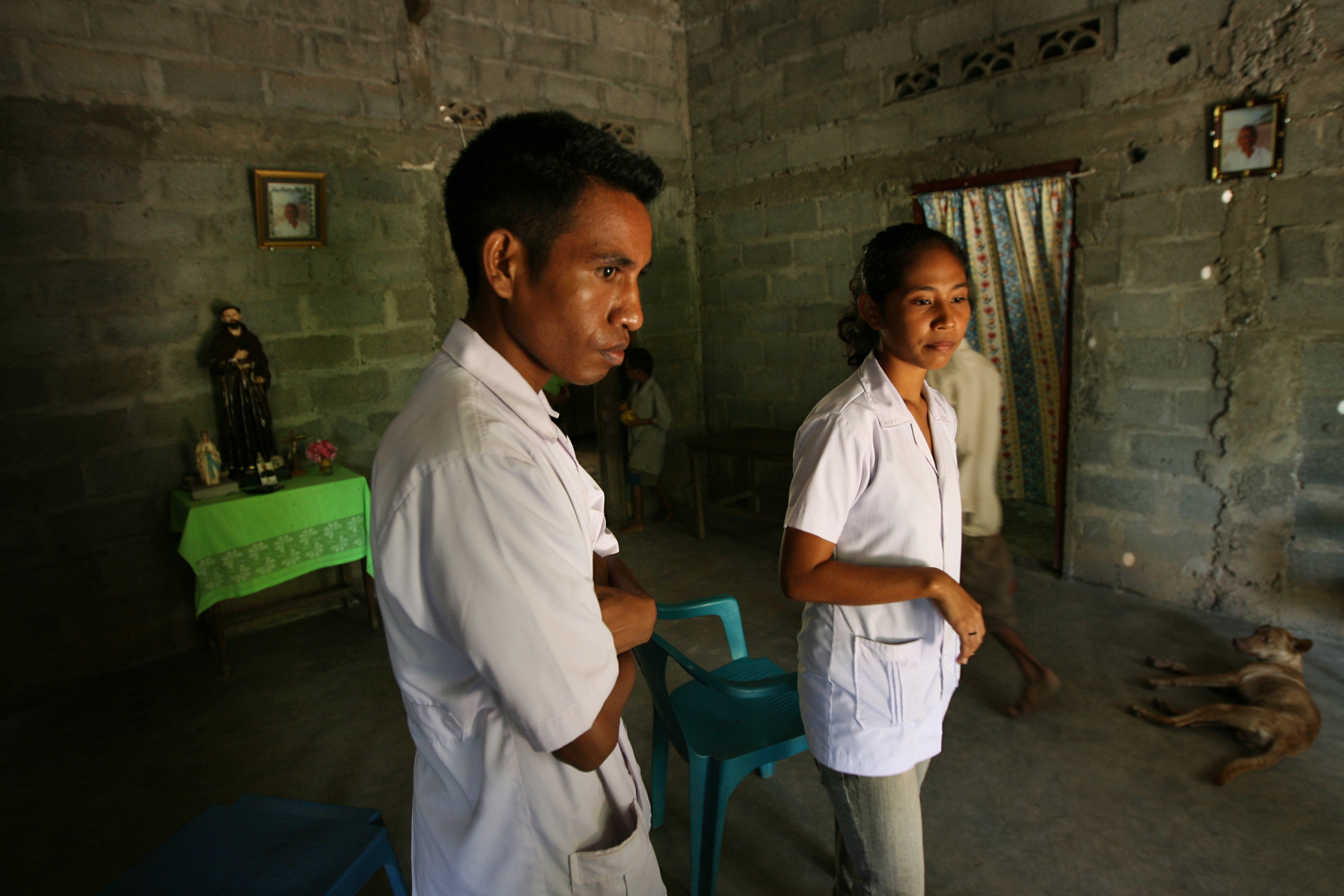 Trainee doctors educate people on the health benefits of good hygiene and sanitation in local villages in Timor Leste. Photo by Dean Sewell, WaterAid.